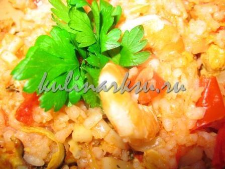 Рис с мидиями и кальмарами