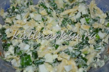 Вкусный салат из рыбной консервы