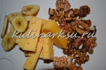 Куриные ножки, фаршированные бананами и орехами