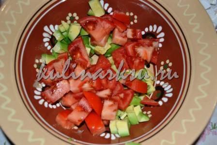 Праздничный салат из авокадо