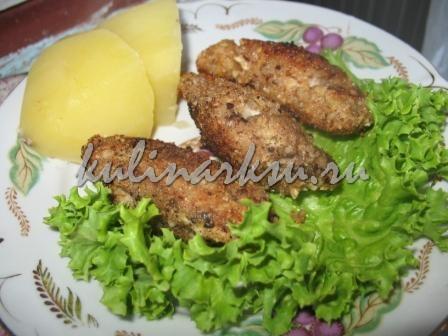 Рыба в ореховой крошке
