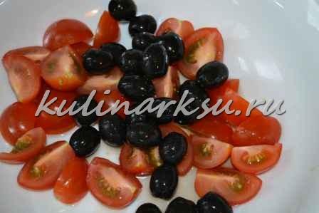 Вкусный салат с креветками и пармезаном