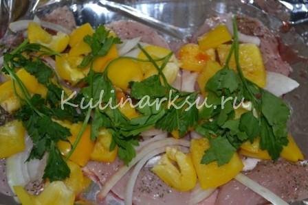 Куриное филе, запеченное с овощами на гриле