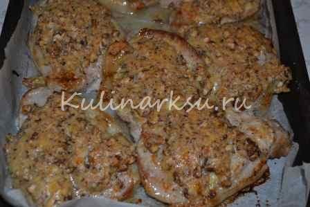 Эскалоп из свинины в хрустящей ореховой корочке